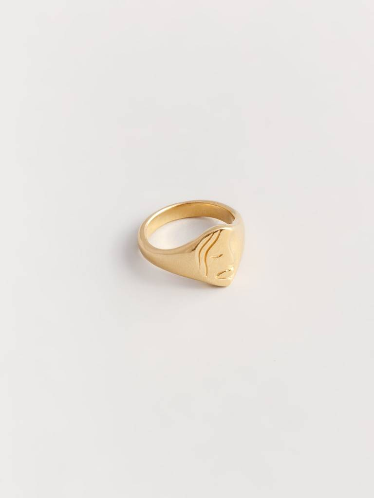 Wolf Circus Ilona Signet Ring in Gold