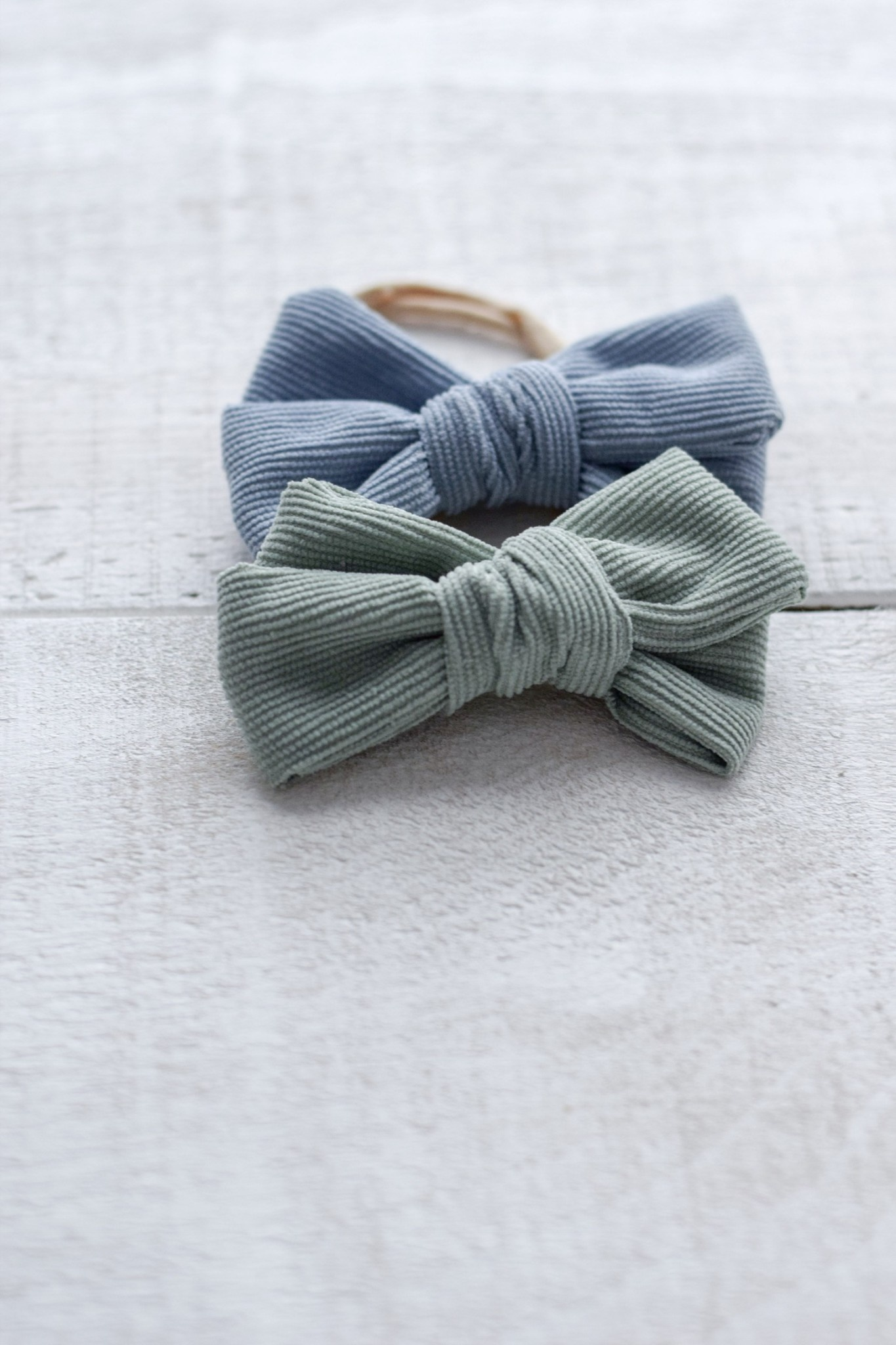 Mini Bretzel Blue and Green Corduroy Bow Duo