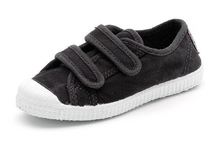 Cienta Black Velcro Shoes