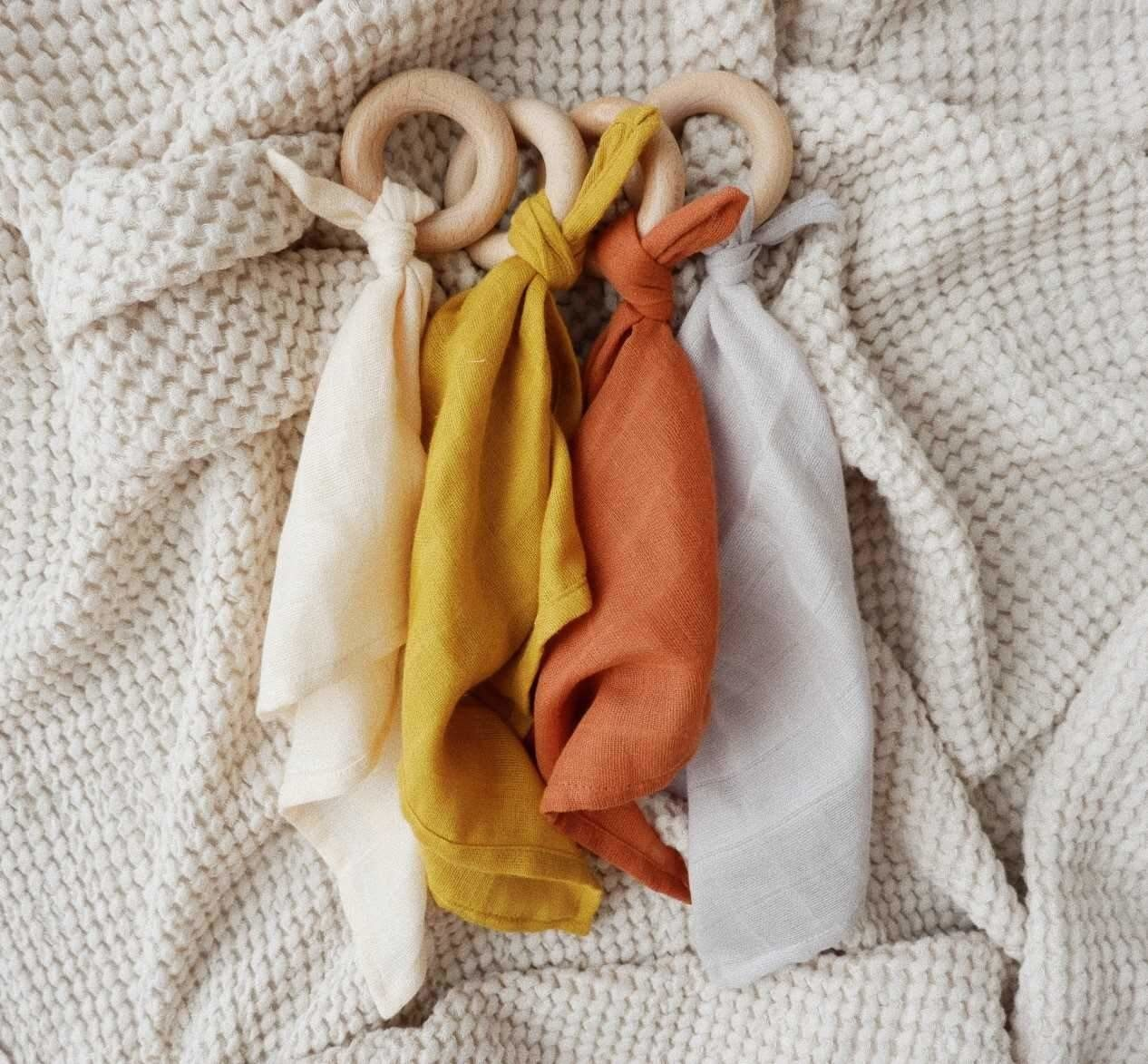Minika Comforter Teether - Multiple Colors
