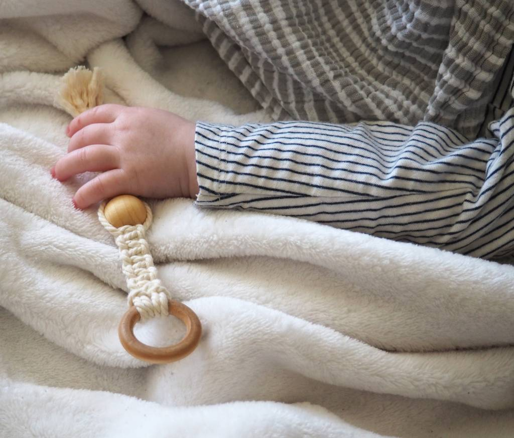 Moussey Teething Toy with Wood Bead