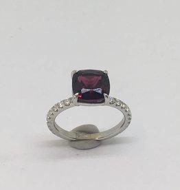 Platinum Garnet & Diamond Ring