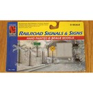 Life-Like 1145 Railroad Signals & Signs, O Gauge