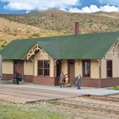 Walthers 933-4057 Union Pacific Style Depot, Walthers HO