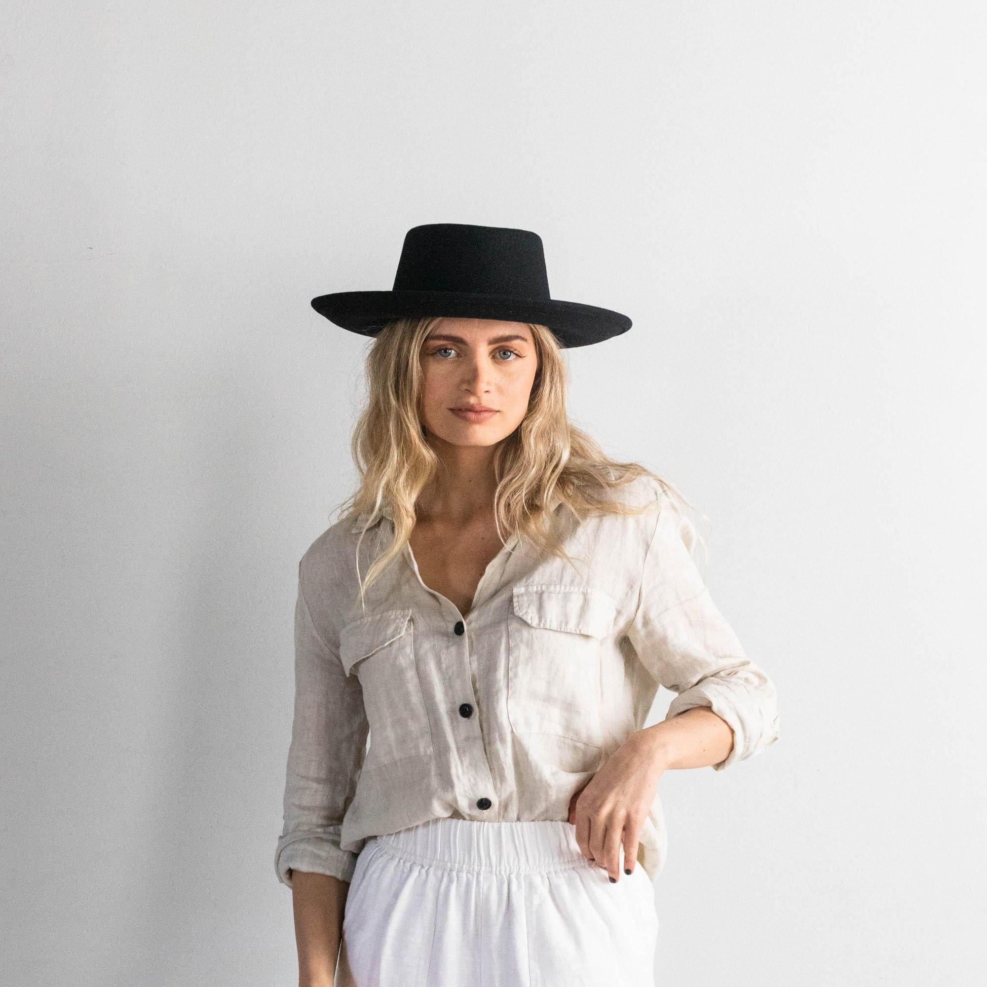 Gigi Pip 2020 Ginger Black Hat