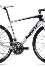 Giant Giant Defy Advanced 2 2015 Silver/Black/White M/L Bicycle