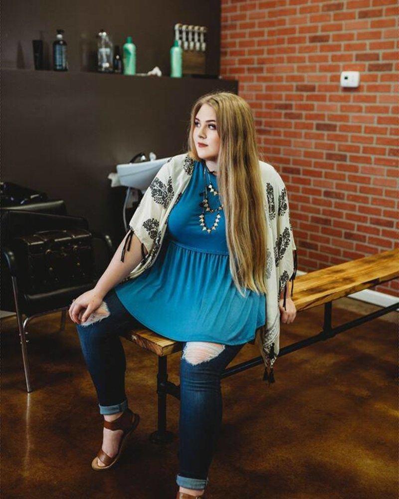 Kaitlyn Kimono