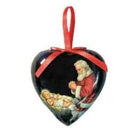 Gift Box of 6 Adoring Santa Heart Shaped Decoupage Ornament