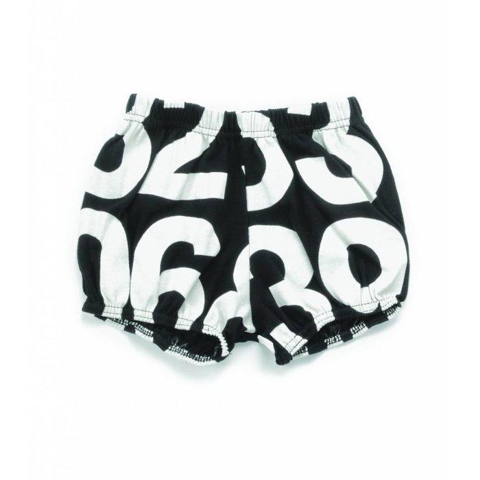 Numbered Yoga Shorts Black