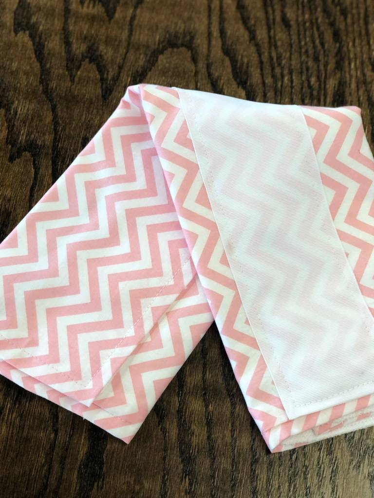 Chevron- Pink w/White Ribbon Burp Pad