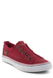 Jester Red Zipper Tennis Shoes