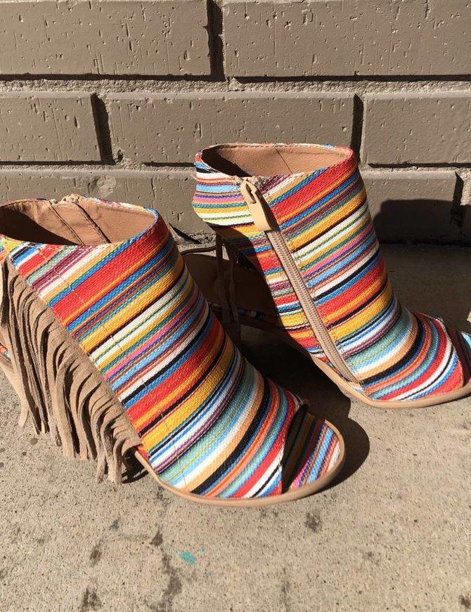 Delcarmen Spring Serape Heels