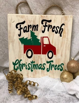 Back Road Beauties Farm Fresh Christmas Trees Wooden Sign