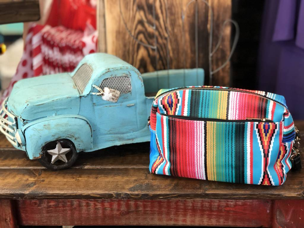 SOUTHWEST SERAPE CLUTCH BAG