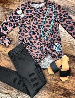 Lovely J Ladies Mauve Leopard L/S Top