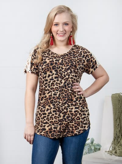 Southern Faux Paw Leopard & Lace Short Sleeve