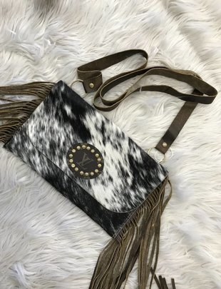 Keep It Gypsy Black/White Fringe LV Circle Patch Katie Bag