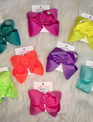 Blondie and Pearl XL Boutique Bow