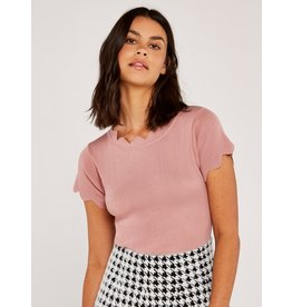 Apricot Arlo Zigzag Edges Top Pink