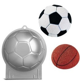 WILTON ENTERPRISES SOCCER BALL PAN