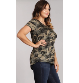 Chris & Carol Apparel Camo Long Body tee