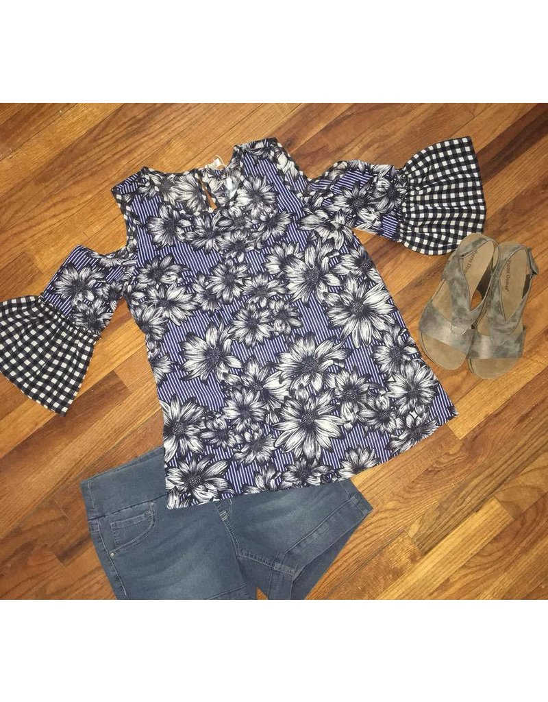 Spense Navy flower top w/cold shoulder