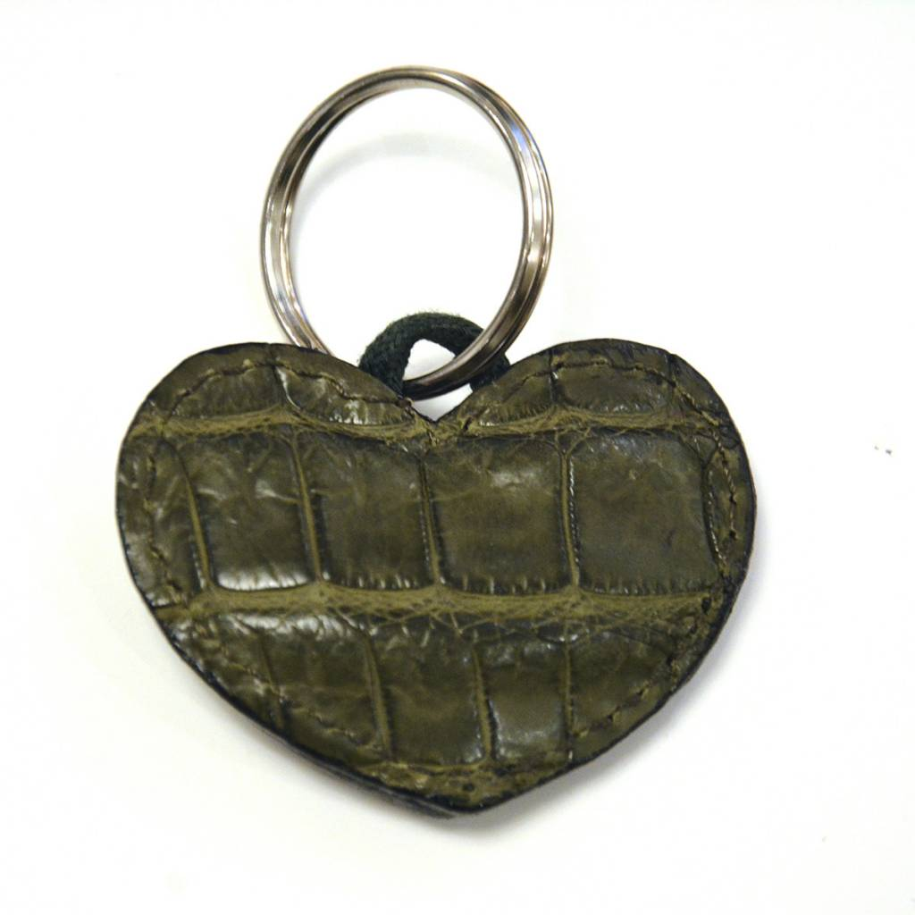 ALLIGATOR HEART KEYCHAIN GREEN