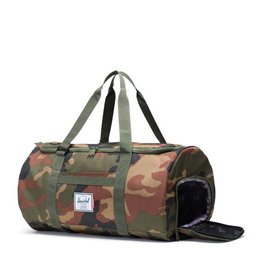 HERSCHEL HERSCHEL X INDEPENDENT SUTTON DUFFLE BAG