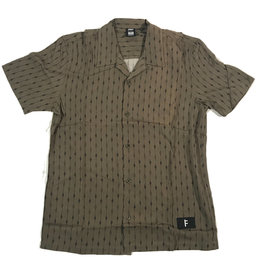 FORMER FORMER MARILYN S/S BUTTON - OLIVE