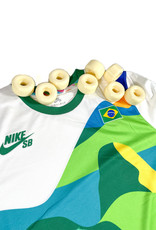 NIKE NIKE SB BRAZIL SHIRT - WHITE/CLOVER