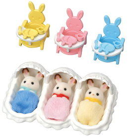 Calico Critters CC Triplets Care Set