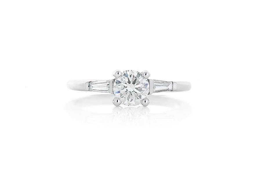 3af58512e272e ER036. 19k White Gold Three Stone Diamond Ring. 0.71ct RBC H VS2.  2-Baguettes 0.23ctw G/H VS2. Size 6