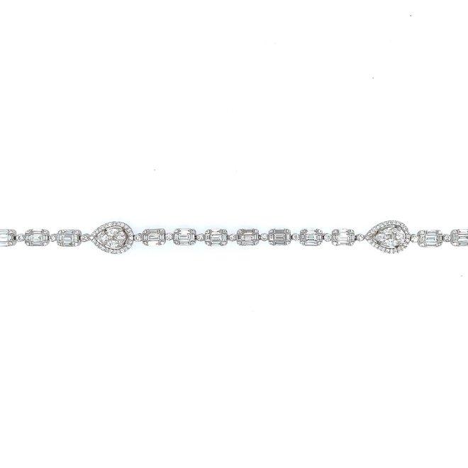 Boutique style diamond tennis bracelet