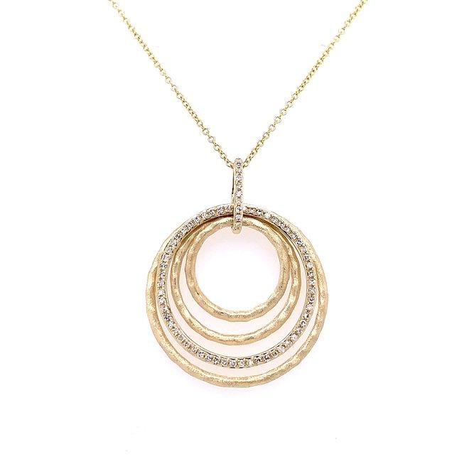 Multi circle diamond pendant
