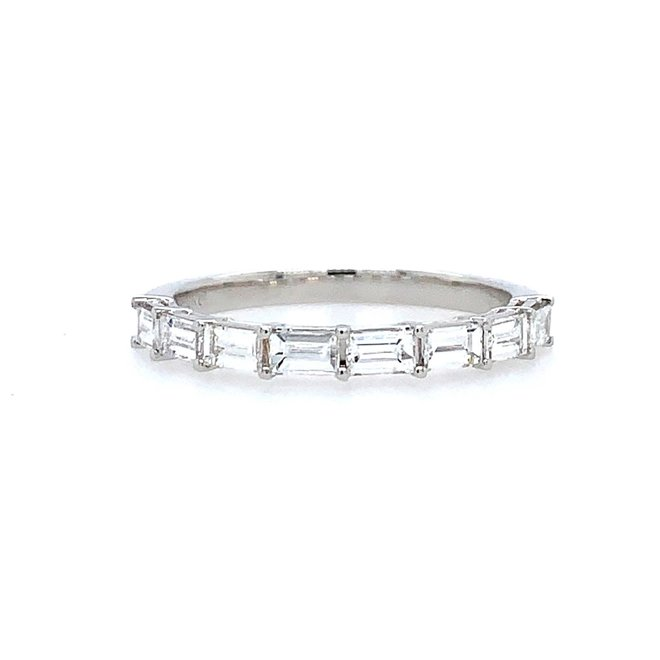 Baguette diamond band