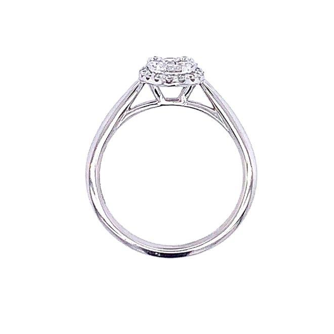 Oval Shape Diamond Cluster Ring