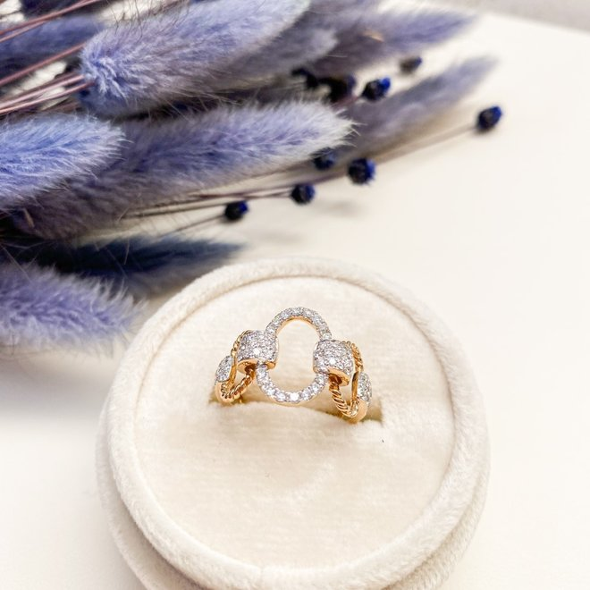 Boutique styled diamond right hand ring