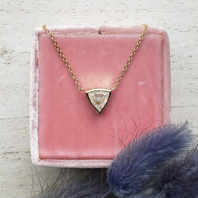 Trillion diamond pendant