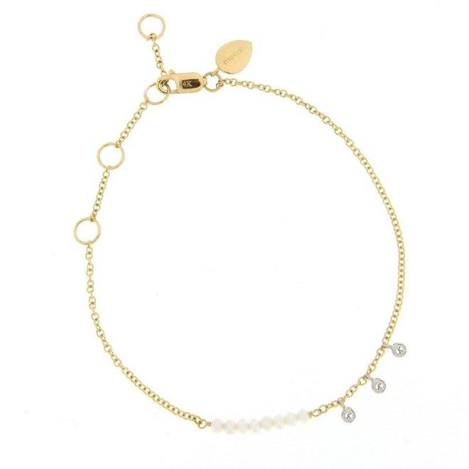 Pearl bracelet with diamond bezels