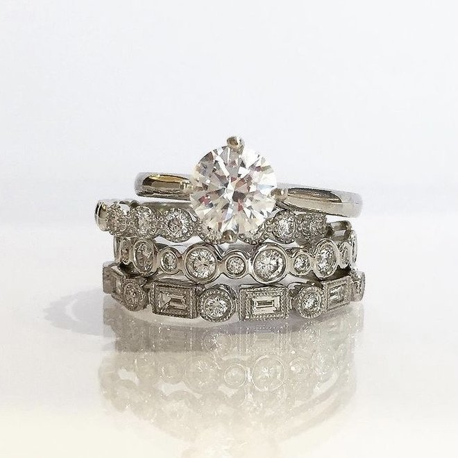 White gold baguette and round cut alternating diamond band