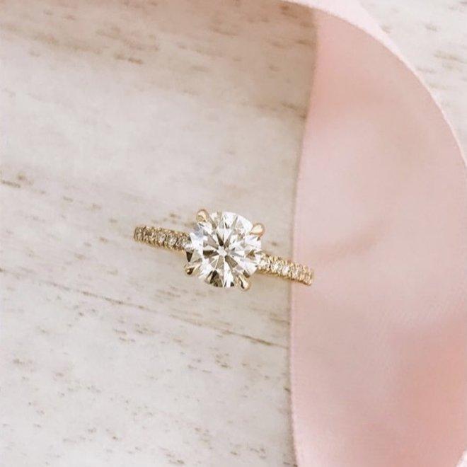 The Leah - custom diamond engagement ring