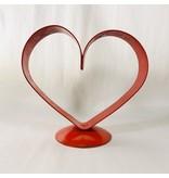 small heart pedestal