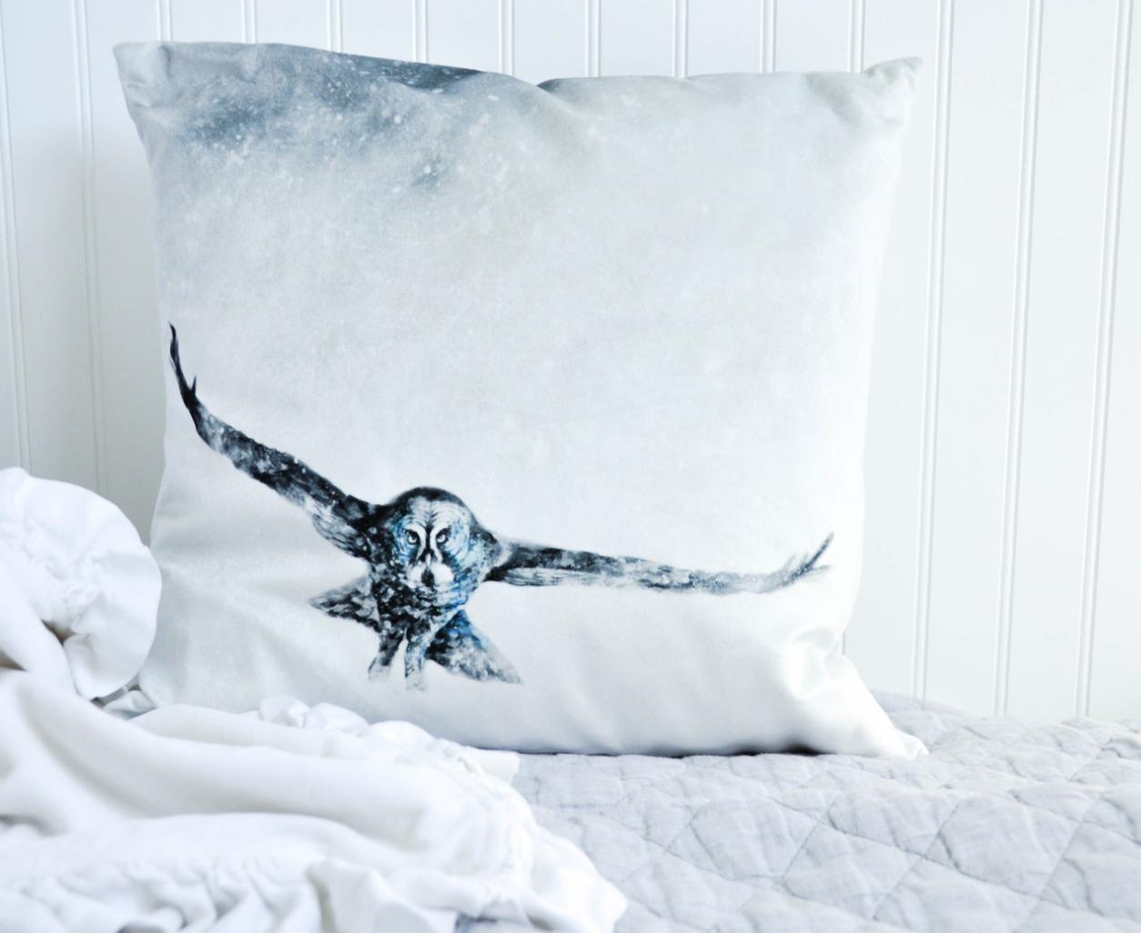 Great Grey Owl Pillow Print