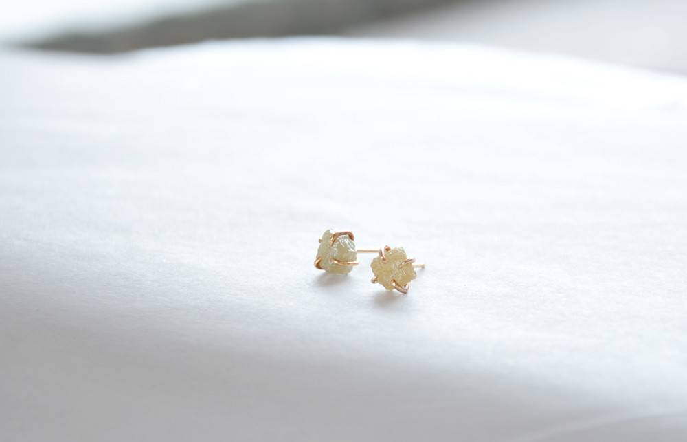Rough Diamond 14k Gold Prong Stud Earrings
