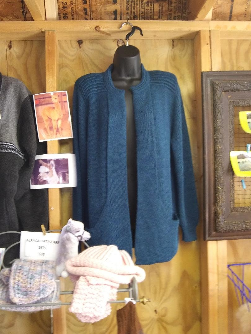 Simply Natural Alpaca Sweater. Turquoise Lg Sleeve  XL