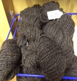 Alpaca Yarn, Merlin 80y.8.0 oz Dark Silver Gray