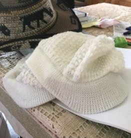 Alpaca Hat, Billed, White