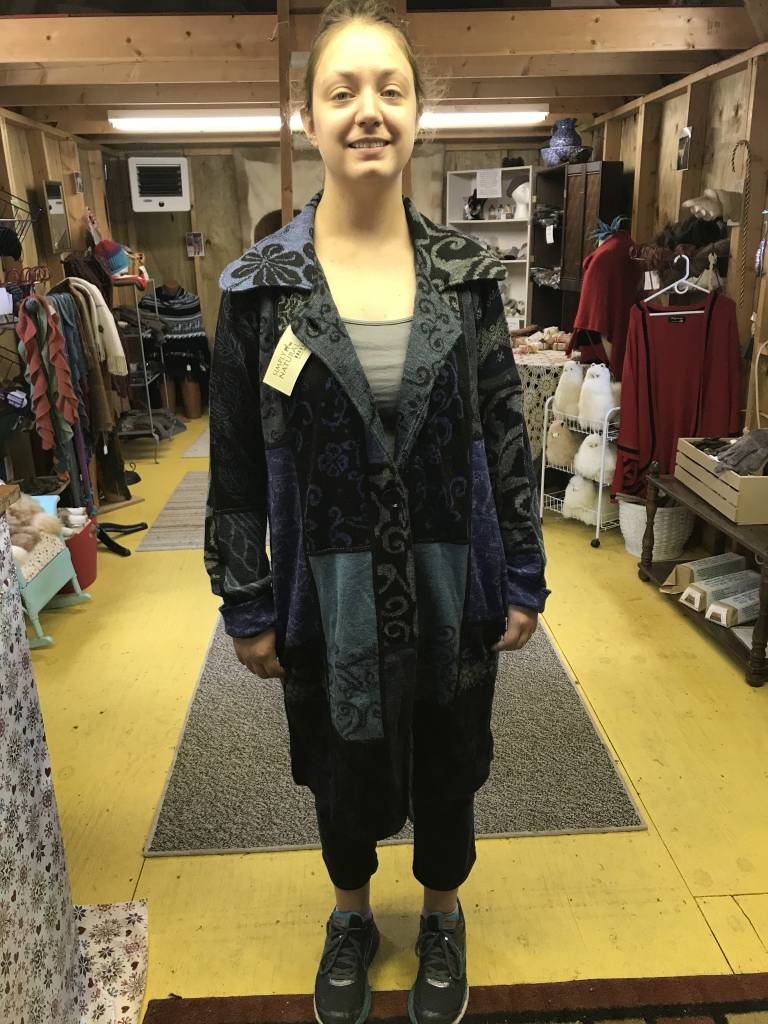 Matrix International Alpaca Coat, Blue L, Beautiful Design, Arlequin