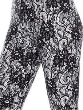 CURVY Floral Lace Legging