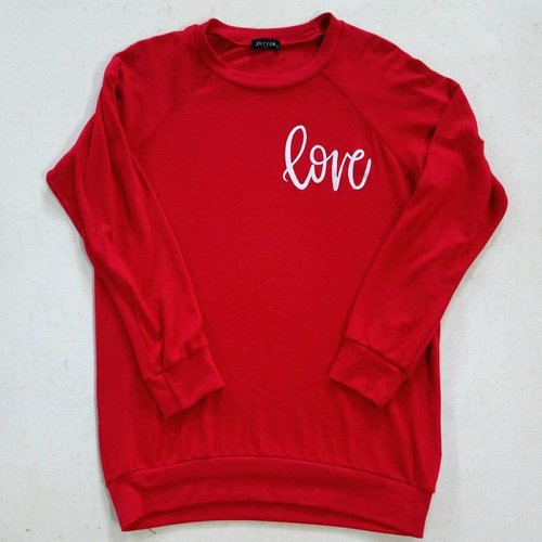 LOVE Long Sleeve Graphic Top